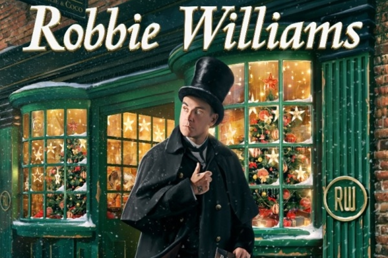 """Robbie Williams to release his first christmas album """"The Christmas Present"""""""
